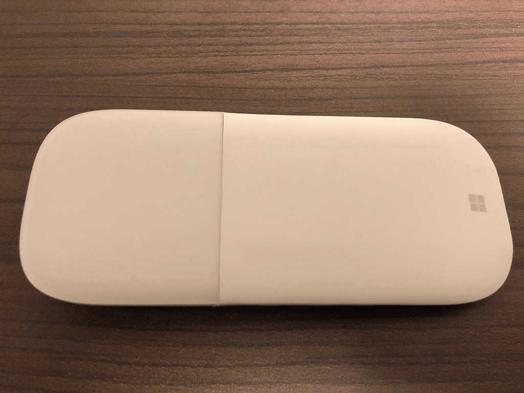 Surface Arc Mouse 電源OFF状態
